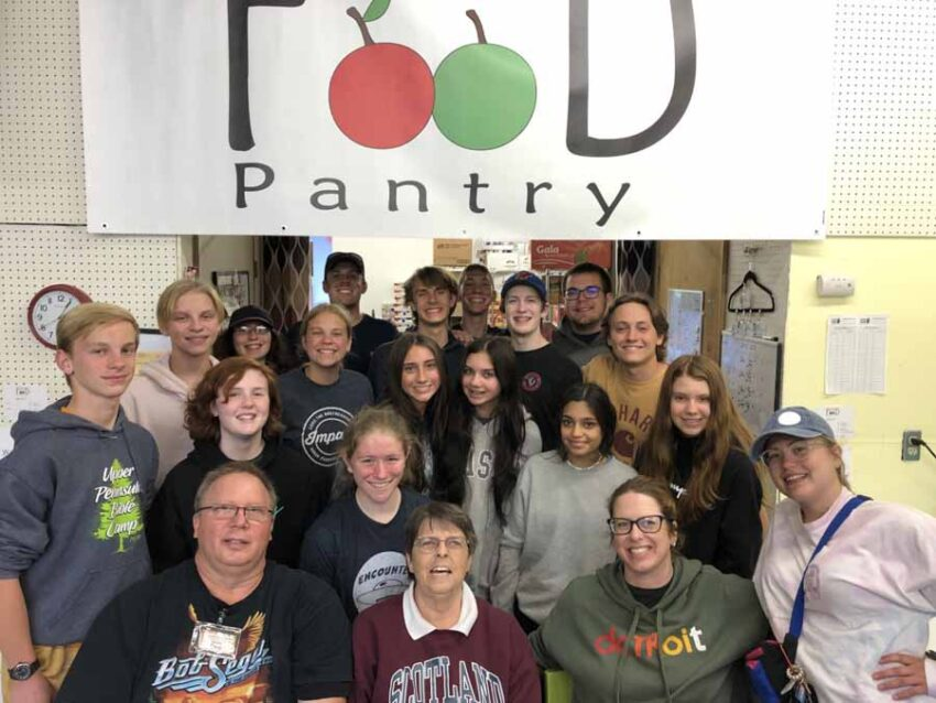 RCCF giving to food pantry